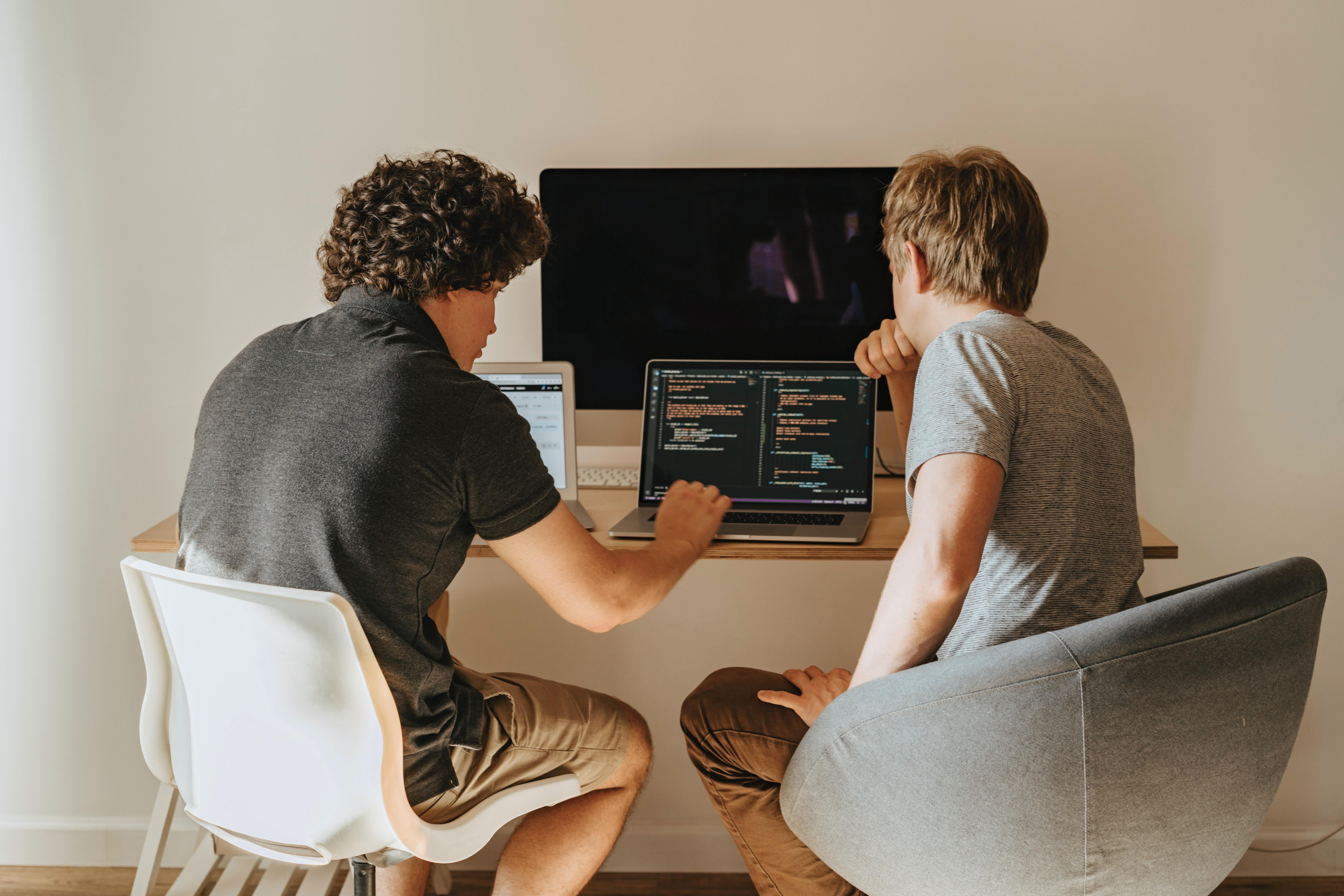 Course Image Johdatus graafisen käyttöliittymän ohjelmointiin - AMKoodarit (kevät 2021)